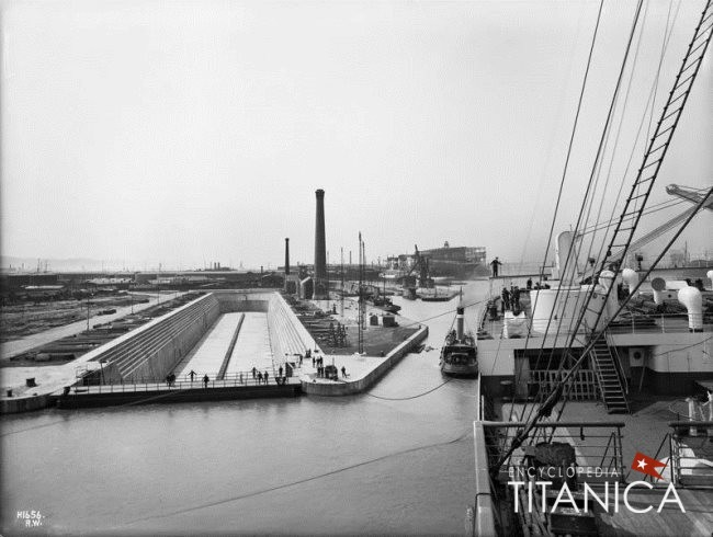 Figure-9-view-of-thompson-dock-from-Olympic-during-sea-trials-29th-may-1911(Maritime-quest).jpg