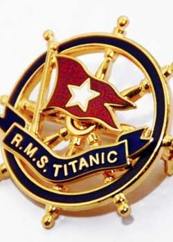RMS Titanic : Gold and Enamel Pin Badge