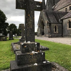 William Henry Gillespie, 2nd class, church of St. Micheal and All Angels, Abbeyleix cemetery, ...jpg