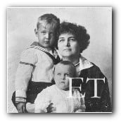 Edith Churchill Mathews and children, daughter and grandchildren of Helen Churchill Candee.